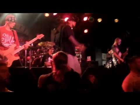 "(hed)pe ""Sophia"" (Back 2 Base X) live at Pop`s Nightclub in Sauget,IL"