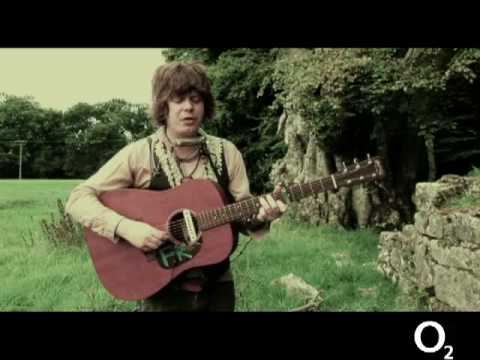 fionn regan `hey rabbit` live on electric picnic tv