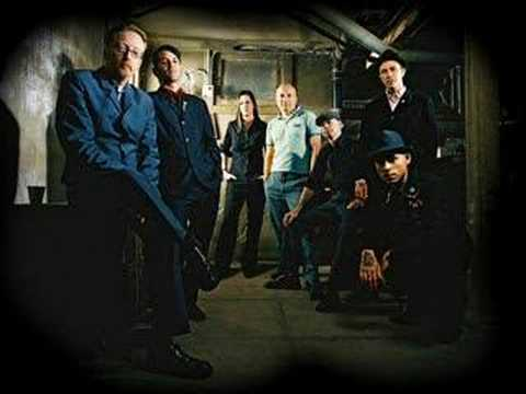Flogging Molly-Swagger