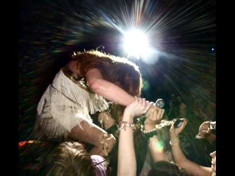 Florence and The Machine cover Beyonce`s Halo