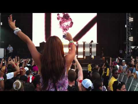 Avicii - Silhouettes (The REAL version) [Ultra Music Festival 2011]