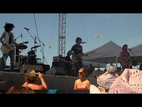 Frankie Ballard - Tell Me You Get Lonely at B93 Birthday Bash 18