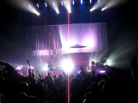Chevelle-I Get It-live-10-23-09-HD
