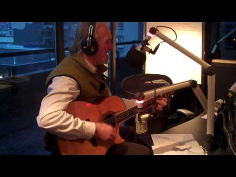 Fred Penner `The Cat Came Back` Live on Music Notes @ 6