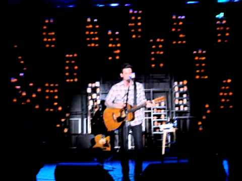 "Acoustic ""The Moon Is Down"" performed by Chris Carrabba"