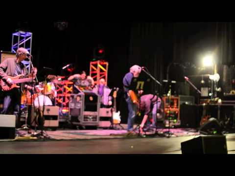 "Furthur - ""Fire Alarm Jam"" - Soundcheck - March 5, 2011 - The Orpheum - Boston, MA"