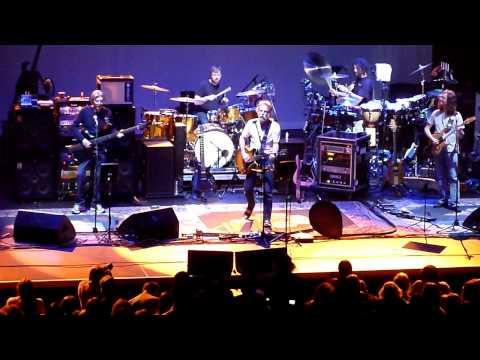 """Truckin"" Furthur - Hammerstein Ballroom 12.8.09"