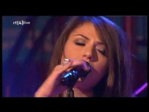 Enrique Iglesias and Gabriella Cilmi - Takin` back my love live