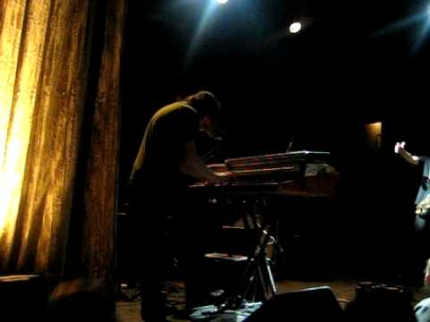 Garage a Trois - No Quarter (Led Zeppelin cover) - 12/19/09 @ Bowery Ballroom