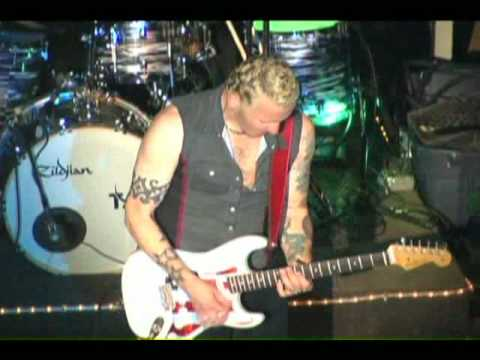 "Gary Hoey Live ""Pipeline"""