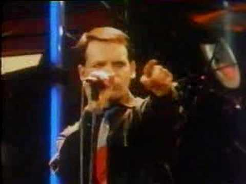 Gary Numan - Down in the Park (live 1979)