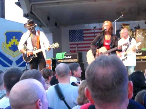 Sweet Home Alabama Performed by Gary Sinise and The Lt Dan Band