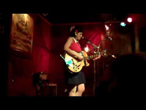 Mudhoney`s Touch Me I`m Sick Covered by Gemma Ray At The Redwood Bar & Grill