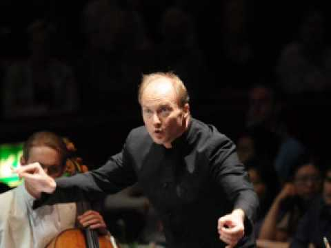 Beethoven 7th - Allegro con brio / BBC Phil, Gianandrea Noseda