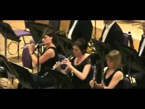 Haydn Symphony No 90 C major - Gianandrea Noseda BBC Philamonic Mvt3.avi