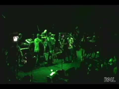 GPGDS invite members of JBB onstage for a community dub