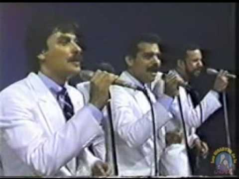 Willie Rosario, Gilberto Santa Rosa y Tony Vega - Lluvia