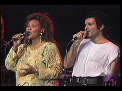 Gino Vannelli in Montreal - I Just Wanna Stop