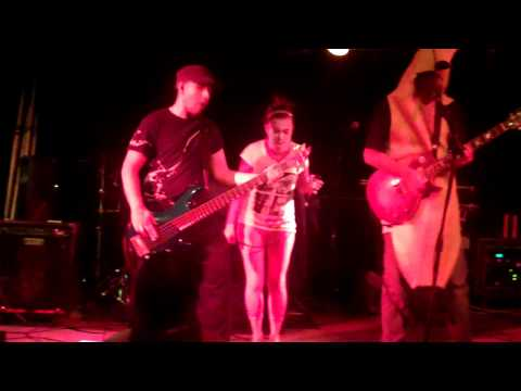 Glass Delirium (This is Halloween Cover) @ Herman`s Hideaway