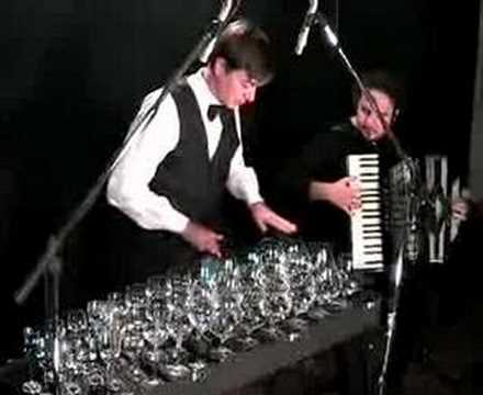 glass harp and accordion (Hungarian dance n�5-Brahms)