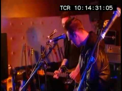 GLASVEGAS It`s My Own Cheating Heart LIVE at TV Death Disco