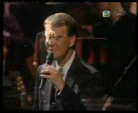 Glen Campbell in Concert-By The Time I Get To Phoenix