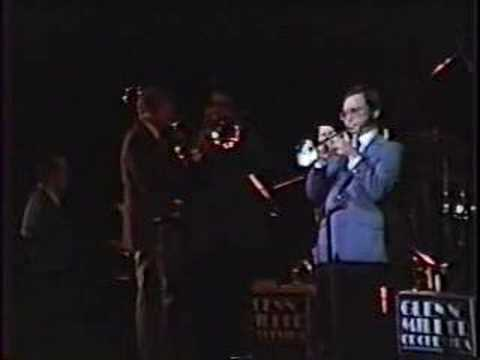Glenn Miller Orchestra - Little Brown Jug