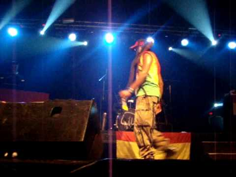 DAVID HINDS [STEEL PULSE] - GLOBAL WARNING