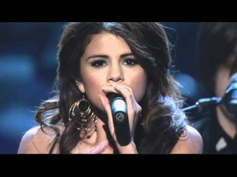 Selena Gomez | A Year Without Rain (Live @ People`s Choice Awards [PCA] 6/1/11)