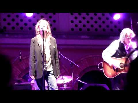 Patti Smith - Free Money (Grado Festival, Italy 2010-08-03)