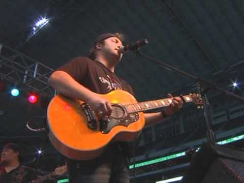 Grady Skelton- We Like Drinkin-Live from Cowboys Stadium
