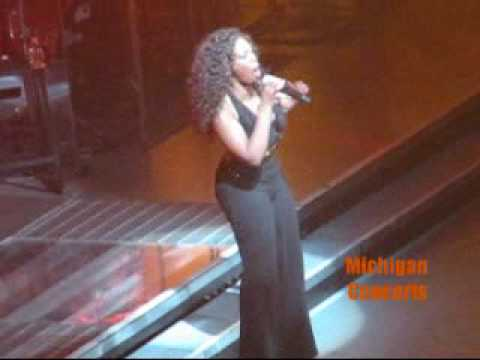 Single Ladies (Beyonce Cover) - Lil Rounds LIVE!!!