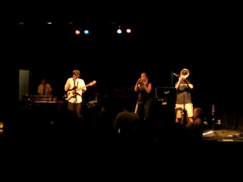 "Stereo Reform - ""Don`t Stop `Til You Get Enough"" (Michael Jackson cover) Live at The Handlebar"