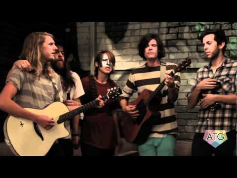"ATG-TV: Grouplove ""Colours"" Performance"