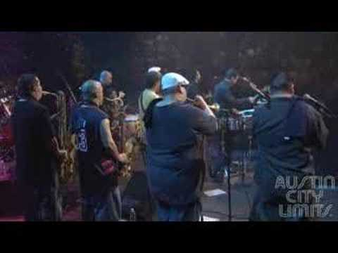 "Grupo Fantasma - ""Mentiras"" on Austin City Limits Season 33"