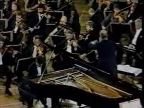 Rachmaninoff Piano Concerto No.3- Gustavo Romero Mvt.2 Pt.2