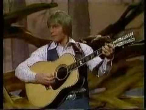 John Denver & Johnny Cash sing Country Roads, Take Me Home
