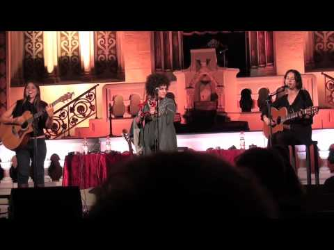HaBanot Nechama -Me`a ahuz or & Lies- Live in Berlin (9/12)