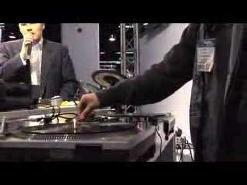 Traktor Scratch Demonstration by Hapa and Dynamix