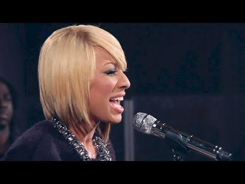 "Keri Hilson - ""Pretty Girl Rock"" LIVE + Q&A"
