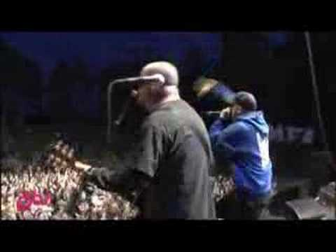 Hatebreed - Destroy Everything (live at Hovefestivalen)