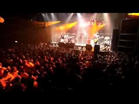 "Hatebreed ""Live For This"" live"