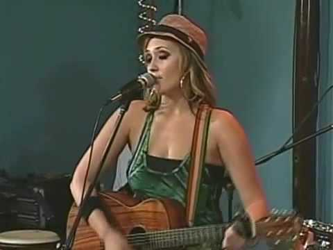 "Anuhea ""Right Love, Wrong Time"""
