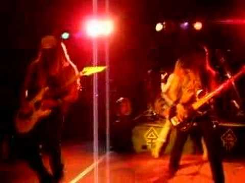 The Iron Maidens - 2 Minutes to Midnight (Live)