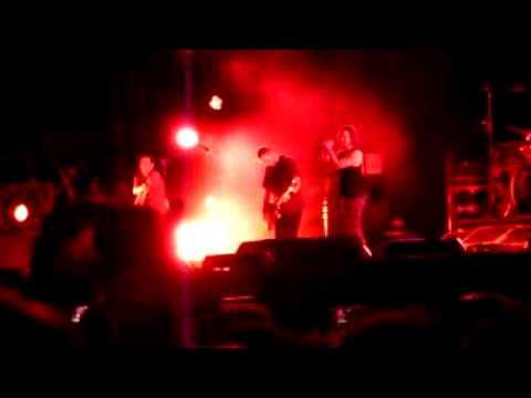 Pearl Jam - Black Heineken Jammin Festival 2010