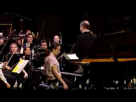 Helene Grimaud - Ravel concerto in G Major - I. Allegramente
