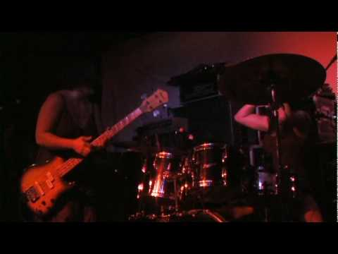 "Helms Alee ""Lionize"" (Live at the Casbah 11.12.09)"