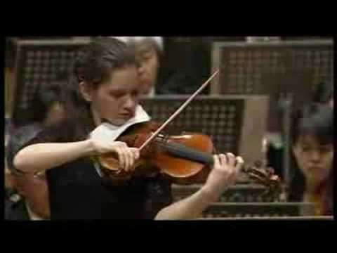 Hilary Hahn plays Prokofiev violin concerto (1/3)