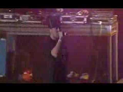 Hilltop Hoods - Nosebleed Section (live)