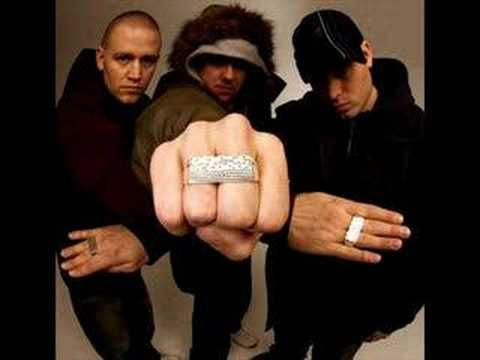 Hilltop Hoods - The Blue Blooded